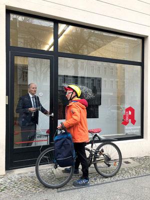 Akutsprechstunde: Harriet Groß In Betrieb am 9. April 2021 / Moderation: Stefano Gualdi