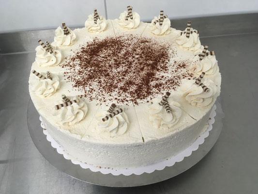 hausgemachte Kuchen - nichts anders kommt uns ins Haus