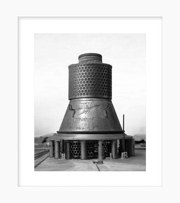 Ustensiles: Moulin Légume, 24 X 30 cm sous passe de 36 X 42 cm, 2018