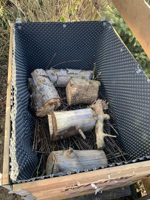 Die Baumscheiben mussten auch noch weg