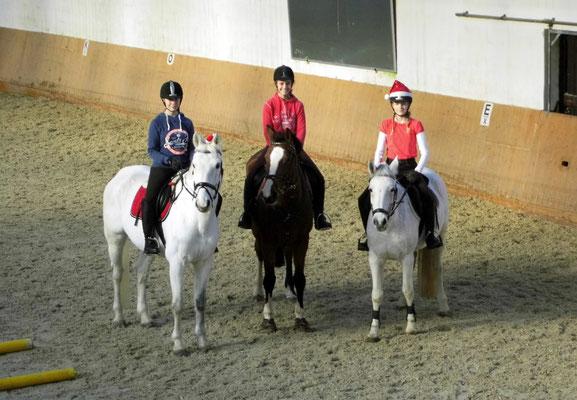 Emily und Calimero, Svenja und Charie, Louisa und Mira