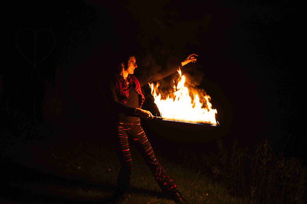 Feuershow mit Schwert | Foto: Daniel Tetzel