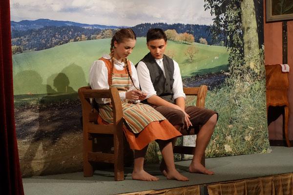 Christian und Madlen nach dem Schulunterricht
