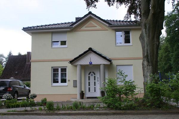 Toskanahaus mit Vollkeller in Harburg