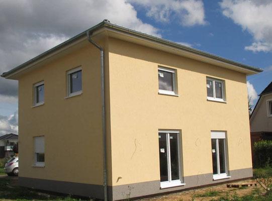 2-geschossiges Stadthaus in Bad Bramstedt mit Lüftungsanlage und elektrischen Rollladen auf 130m²