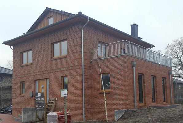 Einfamilienhaus in Rotenburg/W. mit Nebeneingangstür, 7 Zimmern auf 180 m²