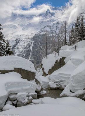 Es lag noch sehr viel Schnee im Voralptal