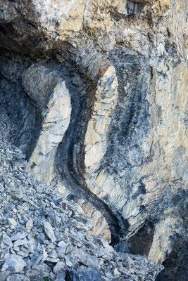 Kunstwerk der Natur bei Tschalmetten