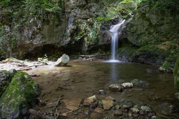 In der Combe du Pilouvi existieren diverse weitere kleinere Wasserfälle
