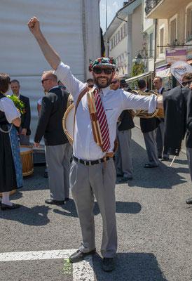 Grosse Freude über den Sieg im Einzelwettspiel für den Tambourenverein Bern