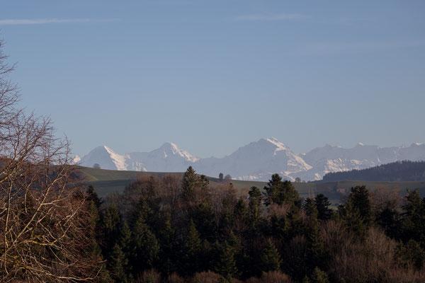 Blick zurück auf die berühmten Eiger, Mönch und Jungfrau