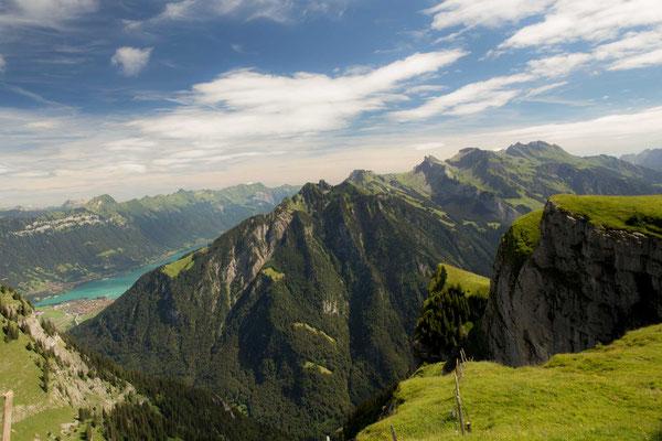 Von der Chüematte hat man eine wunderschöne Sicht auf die Schynige Platte und den Brienzer See