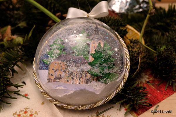 Geschenk für die Gäste - Glaskugel mit Bild der Pfarrkirche Waizenkirchen