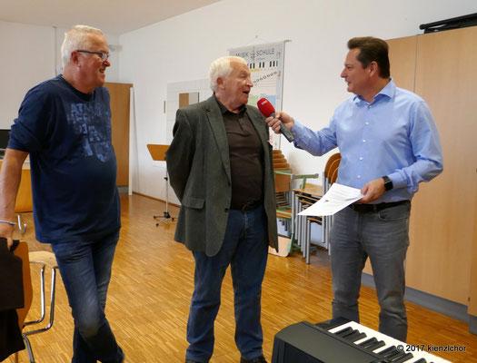 von links: Johann Zimmerer, Josef Dopler, (Kienzlchor), Gernot Hörman (ORF)