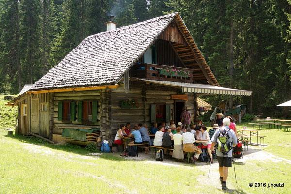 Jause in der Badstub'n Hütte