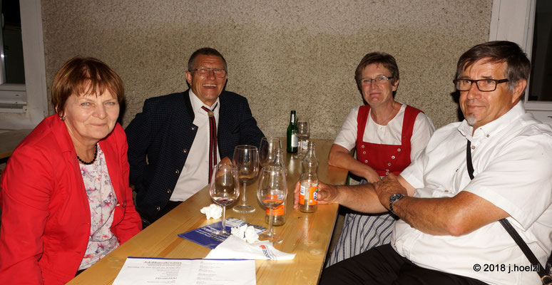 Vertreter des Chores aus St. Margarethen/Bgld mit CL-Stv. Andrea Scheiterbauer