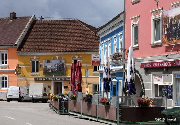 """""""lebensbilder_03"""" am Marktplatz Waizenkirchen"""