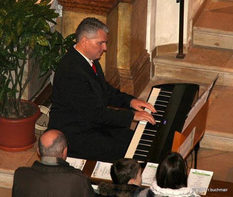 Mag. Richter Grimbeek, Chorleiter Kienzlchor Waizenkirchen