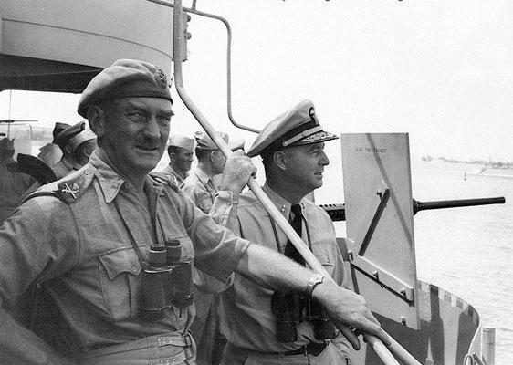 Ufficiali americani sulla nave USS Biscayne