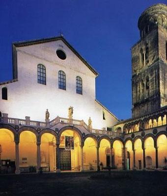 Duomo di Salerno di sera