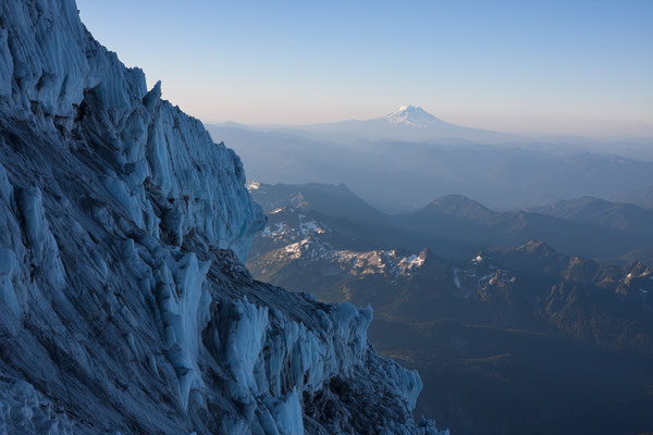 Mt Rainier, Kautz Ice Cliff, Mt Adams