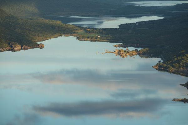 Hellarodden (Nevelsfjorden) mit Ryvatnet