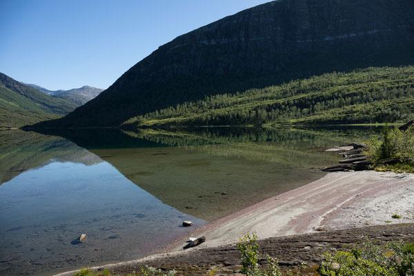 Glomdalsvatnet mit Austerdalen, Svartisen NP