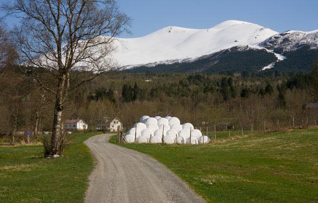 Vatne und Blåtinden, Sunnmørsalpane, Norwegen