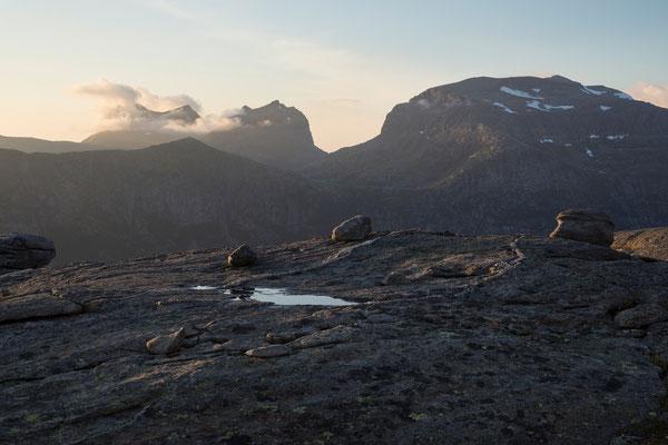 Dalfjellet, Ånsvikfjellet und Breiviktinden