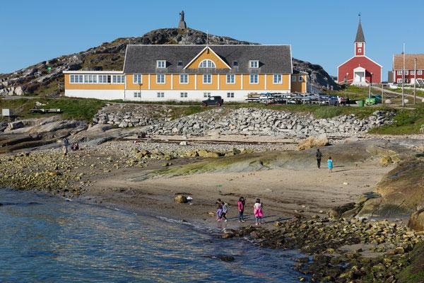Nuuk, Kolonial-Hafen, Frelsers Kirke