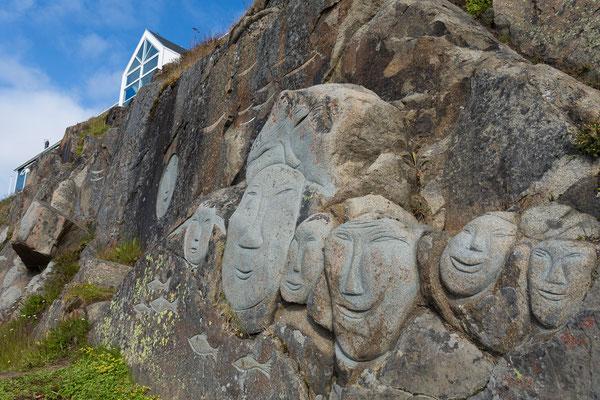 Qaqortoq, Skulpturen von Aka Høegh