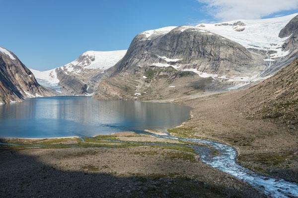 Flatisvatnet mit Flatisen, Vesterdalen (Svartisen)