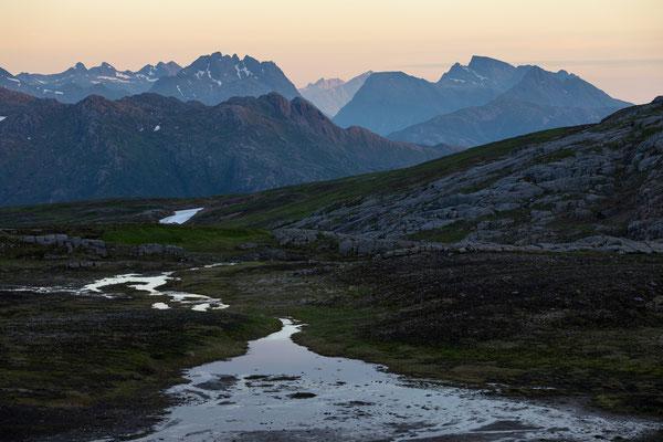 Seiskallåfjellet, Blick auf Kjerringviktindan (Nordfjord)