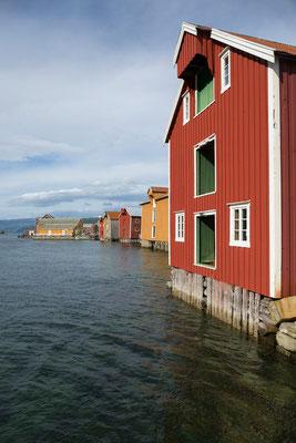 Mosjøen, Sjøgata