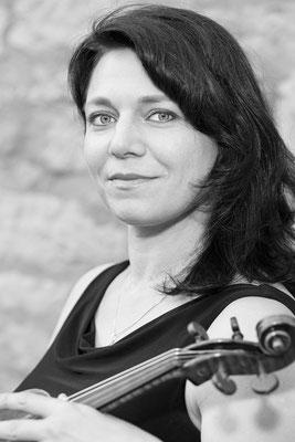 Liliana Hazin-Dorus, Geigerin
