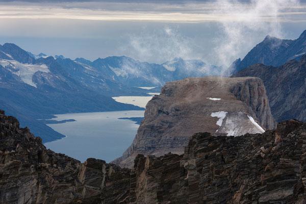 namenlose Berge über dem Qinngertivaq, Grönland