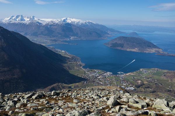 Aufstieg zum Melderskin mit Rosendal, Snilstveitøy, Storsundet