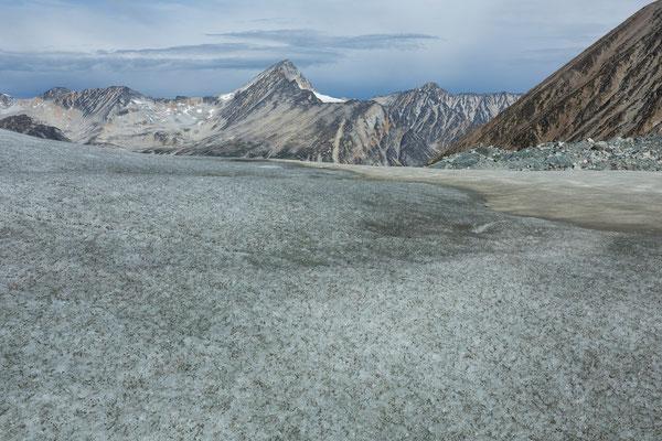 Siva Glacier, Hermes Peak