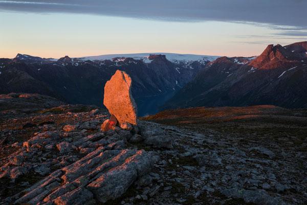 Seiskallåfjellet, Blick auf Nordfjord und Svartisen