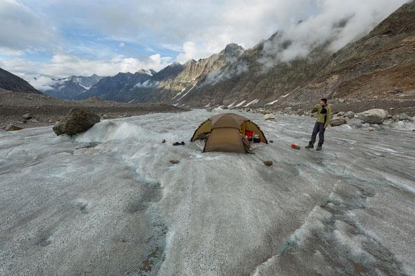 Camp am Miyar-Glacier