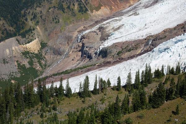 Mt Baker, Chromatic Moraine, Roosevelt Glacier