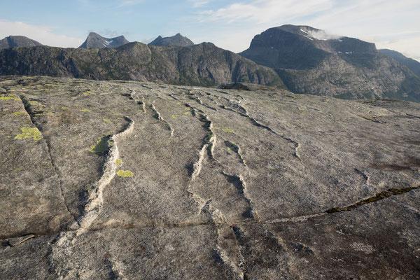 Dalfjellet und Breiviktinden