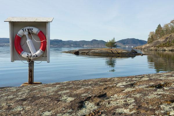 Valøya, Høylandssundet