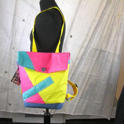 Back-Bag SailartFashion Segeltuchtaschen Segeltuchjacken Segeltuch-Mode UNIKATE