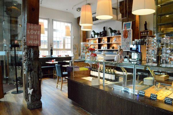 bilder speicherstadt sch nes leben restaurant hamburg neuendeich. Black Bedroom Furniture Sets. Home Design Ideas