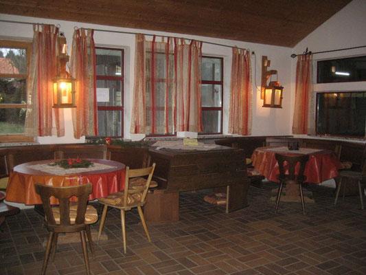 Stüberl mit Kamin und Küche