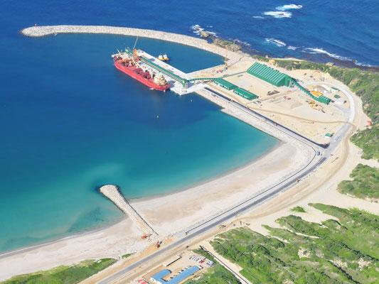 zone économique spéciale ( ZES ) entre l'Île Maurice et Madagascar, le Port d'EHOALA à Fort Dauphin Madagascar, liens économique entre l'île Maurice et la Grande-île