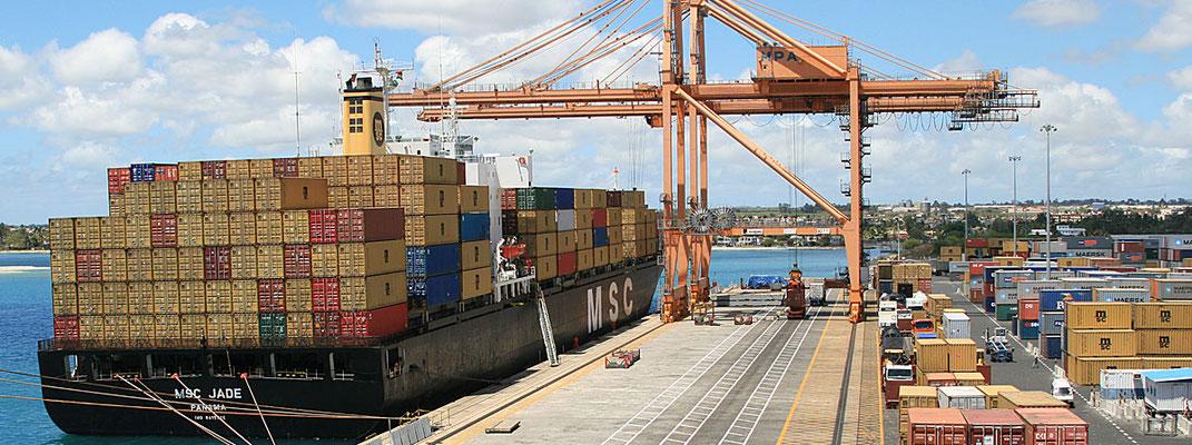 Freeport Port Franc Exportations de Ile Maurice vers les pays africains Madagascar et la Reunion