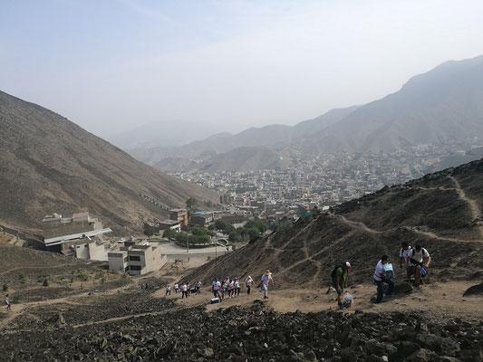 Blick auf La Molina und den Hügel, den wir besteigen mussten