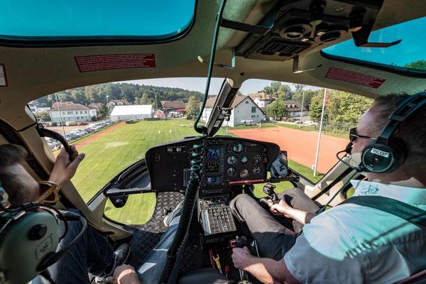 Elite Flights,  Rundflugtage wyga 2017, Wynau, Inbound, Cockpit view